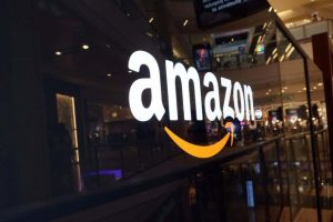 Amazon launches gift shop in the holiday spirit